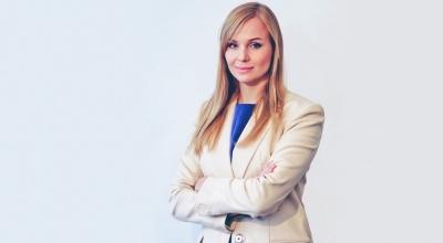 """""""Viele Angreifer haben noch kein profitables Geschäftsmodell"""" –Fintech-Gründerin Manuela Rabener im FinanceFWD-Podcast"""