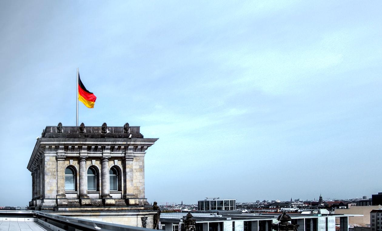 Große Krypto-Player nehmen sich Deutschland vor   FinanceFWD